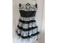 Strapless Bay Black And White Lace Prom/Party Dress Size 10