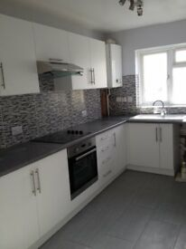 Lovely 2 bedroom flat to rent in St Leonards On S
