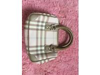 Mini Burberry bag for sale !!