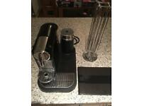 Magimix Nespresso coffee machine and milk Aerocino