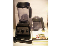 Vitamix Professional Series 300 Food blender & accesories
