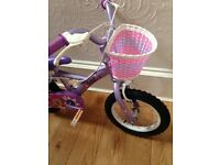 Girls bike ages 3 - 6 great condition