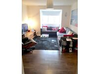 2 bed flat in Earlsfield SW18 for your 2/3 bed with garden anywhere with a cash gift