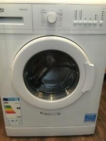 White 6kg washing machine £70