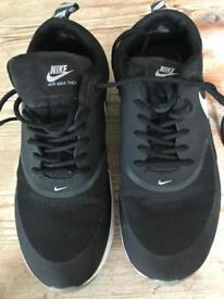 Nike Air Thea trainers