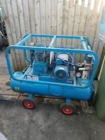 60 ltr air compressor 240v