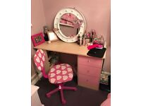 Girls desk and pink swivel chair