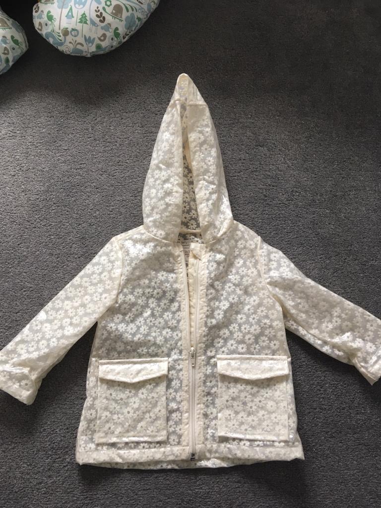 ad93e166b481 Zara baby girls raincoat. 12-18 months