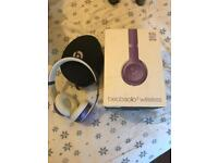 Beats Solo3 Violet headphones