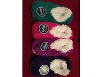 WOMENS COLOURFUL SNOOZIES MEDIUM SIZE 5-6 NEW - CHOICE OF COLOUR