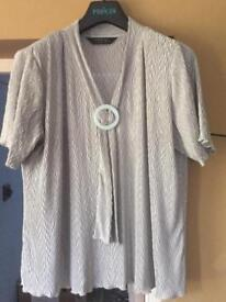 Ladies size XL smart casual top