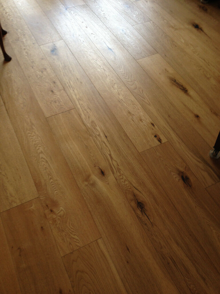 Oak flooring (nearly 4sq metres) Hammersmith Bridge (SW London)