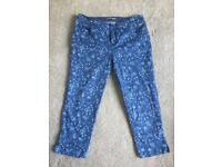 3 quarter trousers size 10