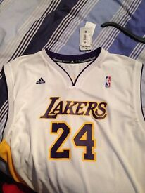 BRAND NEW lakers vest white still with tags XL