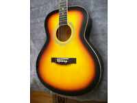 Chicargo Folk guitar, Ideal guitar to learn on as it's so easy to play, bargain.