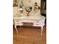 A STUNNING FRENCH LOUIE STYLE DRESSING TABLE WITH TRIPLE MIRRORS AND STOOL