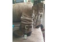 BNWT Brown Boots size 5