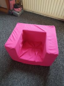 Girls pink foam chair