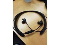 Bose QuietControl 30 Noise-Cancelling Bluetooth Earphones with NFC