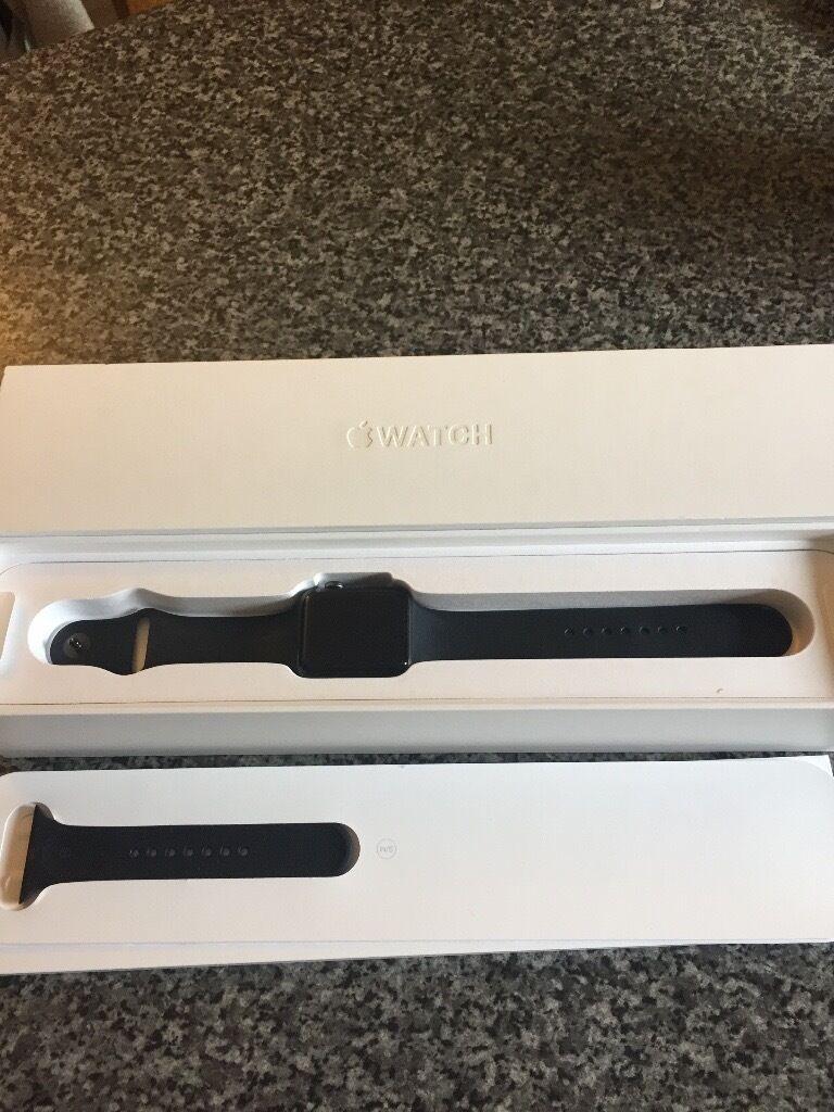 Apple Watch 42mm series 2 space grey aluminiumin Strathaven, South LanarkshireGumtree - Apple Watch 42mm series 2 space grey aluminium, perfect condition, rrp £399. £300 Ono