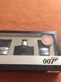 007 James Bond gift set