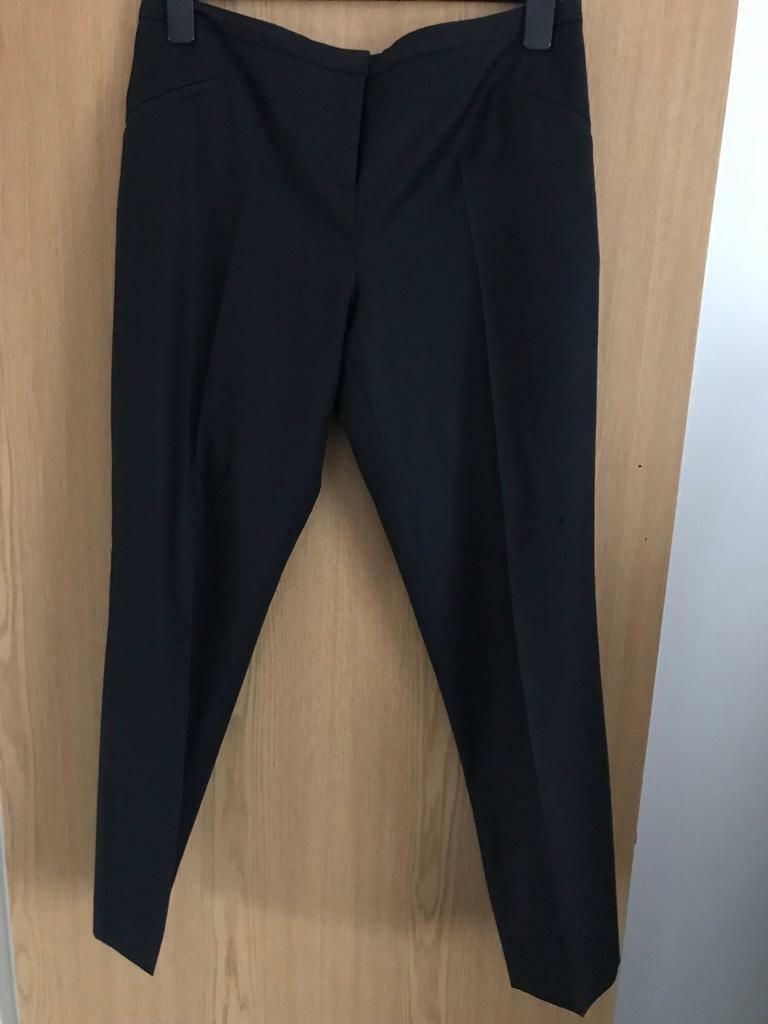 c18737849 Ted Baker cropped trousers Size 4   fits 14