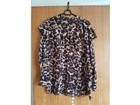 Atmosphere top – Excellent condition – Size 8 - £3