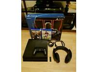 Ps4 with black ops and headphones usb 7.1