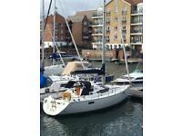 Yacht Sail boat sloop