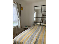 Lovely 2 Bedroom Flat at Cambridge Heath ** DSS welcome with Guarantor**