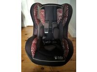 Forward and rear facing Baby Weaver car seat