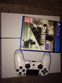 Sony PlayStation 4 500GB 3 games 1 controller