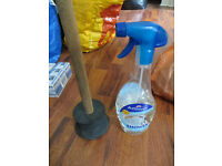 Bathroom extras: toilet plunger and shower cleaner