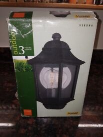 Outside wall light/lantern