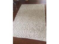 Cream rug Very good condition