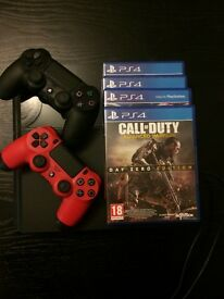 Playstation 4 Console, 2 controllers, 4 Games