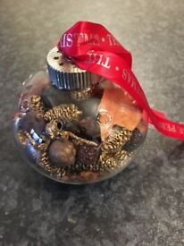 Glass pomander with Christmas Pot Pourri - Crabtree and Evelyn