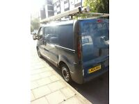 2004 VAUXHALL VIVARO 1.9cdti DIESEL,157000 MILES,BLUE COLOUR AS WELL AS BEING IN EXCELLENT CONDITION