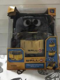 Transforming Wall-E figure