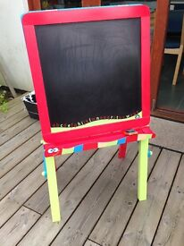 Early Learning Centre wooden blackboard whiteboard drawing board painting easel