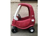 Little Tikes Cozy Coupe (outdoor)