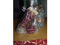 Mulled Wine scented hand/nail/lips gift set 2