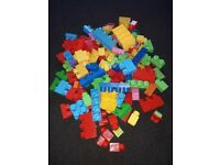 Childs Mega blocks. Approx 175-185 peices