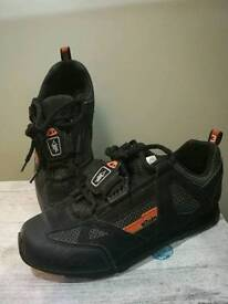 MTB cycling boots size uk 4