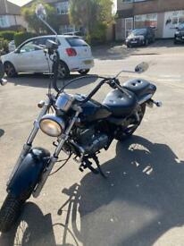 Suzuki Marauder GZ125 125cc motorcycle L plates learner legal good condition