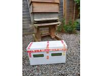 5 frame (National) nuc of bees