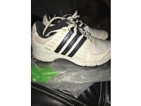 Size 2 junior golf shoes