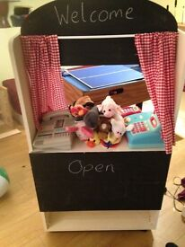 Puppet theatre/play shop