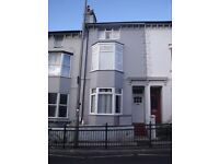 A top floor studio flat located in Brighton, walking distance from Brighton train station