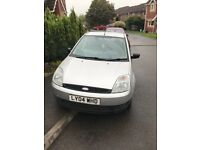 2004 5 door Ford Fiesta, full service history, MOT valid till March 2018. Ideal first car